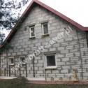 Przykład montażu Saver Profili (profili śrubowych ze stali nierdzewnej) w budynku gospodarczym z pustaków.