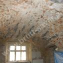 Wzmocnienie nadproży i sklepień łukowych z cegły z wykorzystaniem śrubowych profili ze stali nierdzewnej w systemie Brutt Saver.